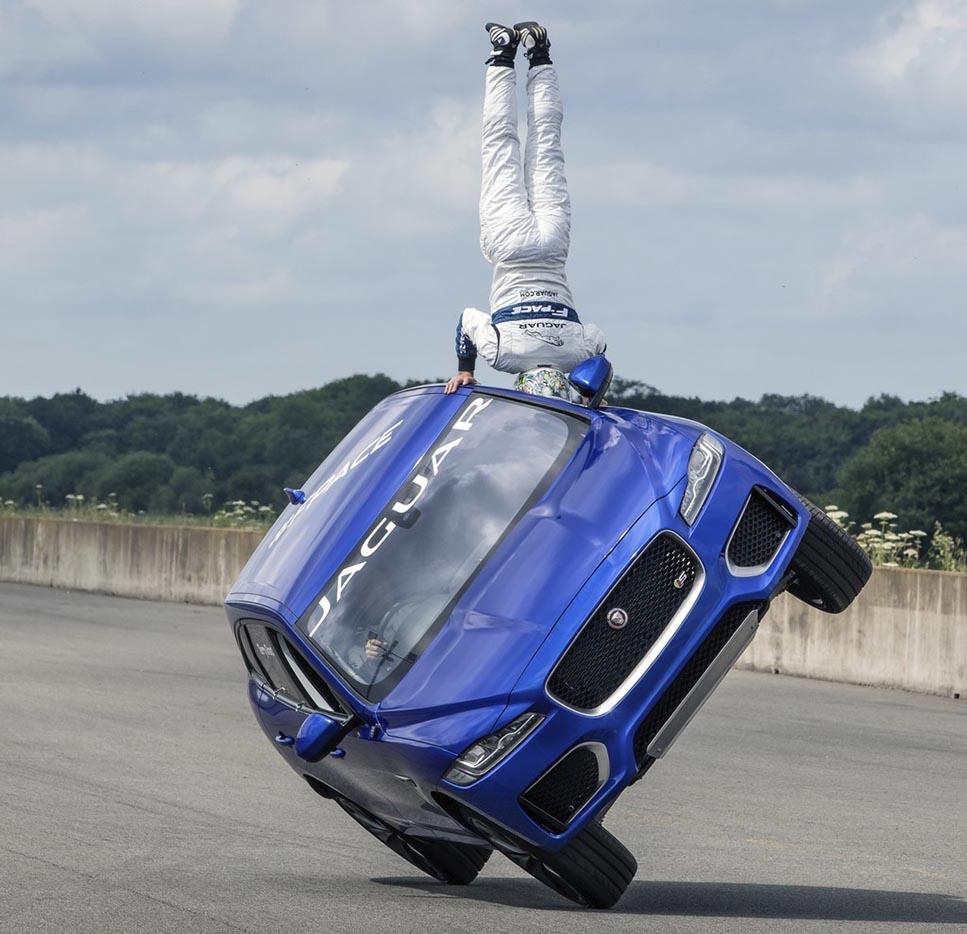 Jaguar F-PACE застана на две колела | твоят Бизнес ...